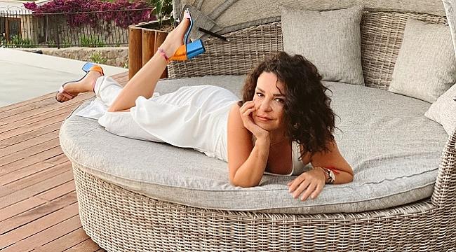 Fatma Turgut cep telefonuyla klip çekti