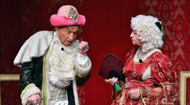 KüçükÇiftlik Bahçe Tiyatrosu, Moliere oyunları ile kapılarını açıyor
