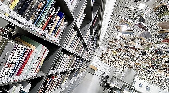 Türkiye'de halk kütüphanesi sayısı bin 182 oldu