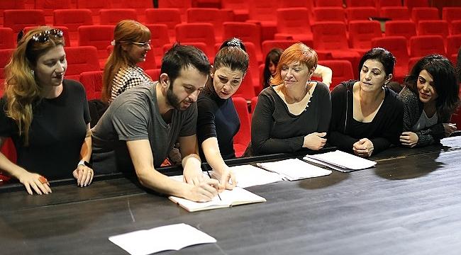 İBB Şehir Tiyatroları'ndan yeni oyun: Sen İstanbul'dan Daha Güzelsin