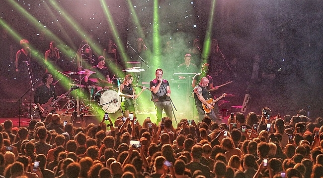 Harbiye'de müzik ve sahne emekçilerine destek konseri