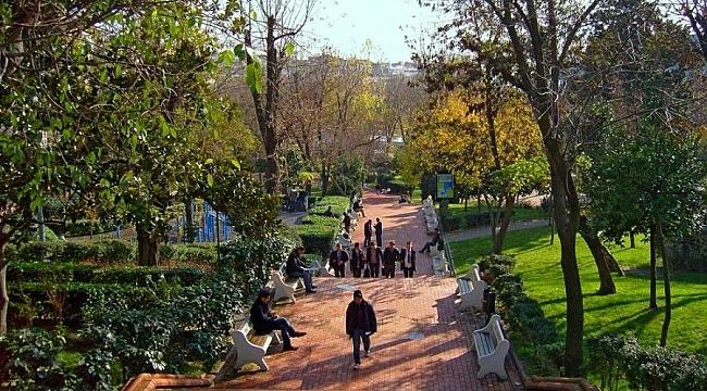 Maçka Parkı'nda Sanat Pazarı