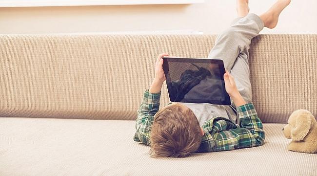 Çocukların seçim yapabileceklerini düşünmek, dijital dünyanın ruhuna aykırı