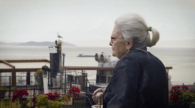 Ioanna Kuçuradi: İstediğimizi zannettiğimiz şeyler, aslında istemeyi öğrendiğimiz şeyler