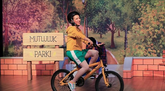 ETİ Çocuk Tiyatrosu'ndan ilk özgün tiyatro oyunu: Mutluluk Denince Akla