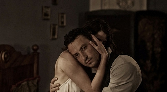BluTV,Özcan Alper'in yazıp yönettiği üç filmi koleksiyonuna dahil etti