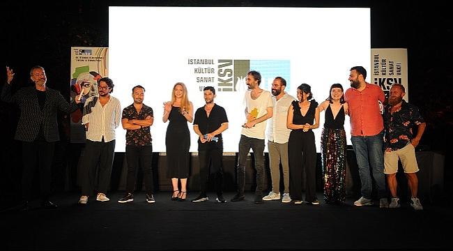 Beni Sevenler Listesi filmine İstanbul Film Festivali'nden En İyi Film Ödülü