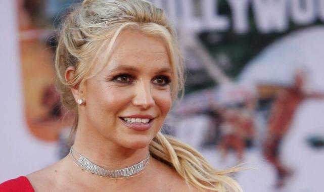 Britney Spears: Öldürülmüş bir kız hakkında kitap yazıyorum