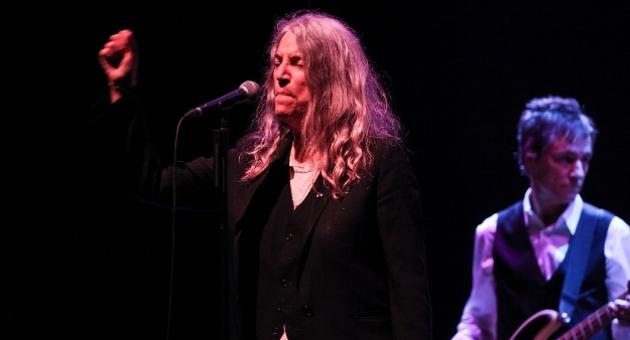 Patti Smith: Savaş değil, enstrüman istiyoruz