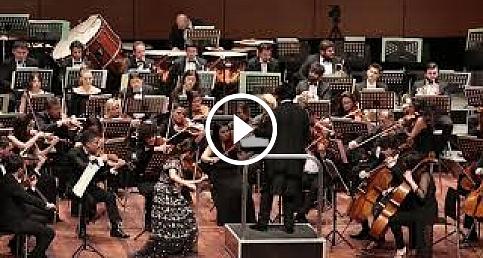 Bomsori Kim Tekfen Filarmoni ile birlikte Türkiye'de konser verdi