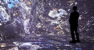 Refik Anadol'nun yeni sergisi 'Makine Hatıraları: Uzay'